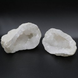 Géode de quartz entière (2 morceaux)
